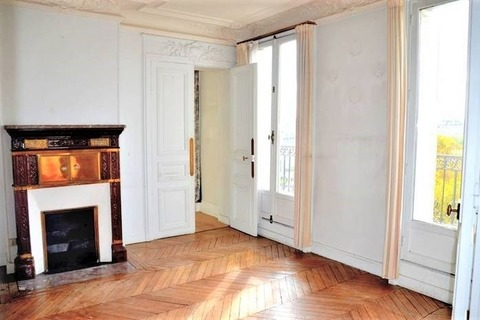 APPARTEMENT  120m2  à PARIS 7eme