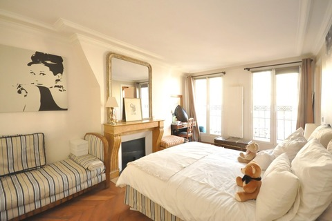 Vente APPARTEMENT 4 pieces   à PARIS 10eme
