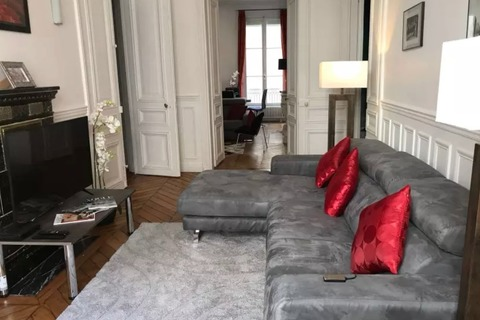 Location APPARTEMENT   104m2