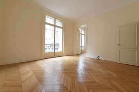 APPARTEMENT 168m2   à PARIS 8eme