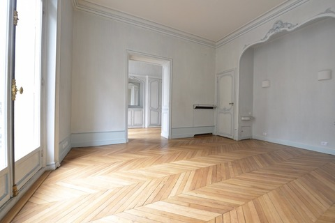 Location APPARTEMENT comprenant 4 pieces