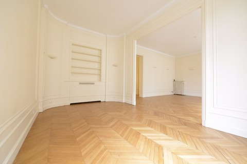 APPARTEMENT 168m2   75008 PARIS 8eme
